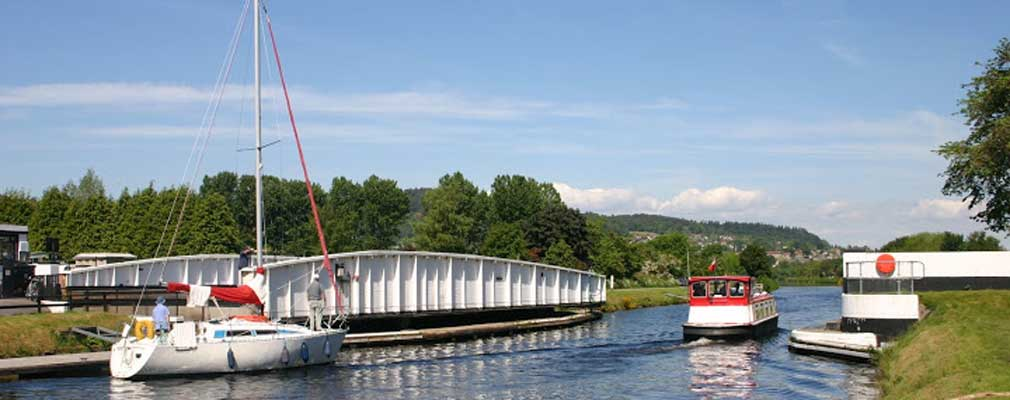 Caledonian-Canal,-Inverness